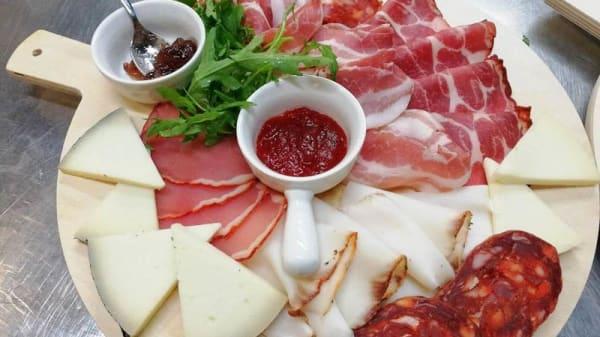 """Suggerimento dello chef - """"Il Boschetto"""" Bar Ristorante Pizzeria, Torre Di Ruggiero"""
