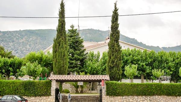 Vista externa - Masia Corral Nou, Canyelles