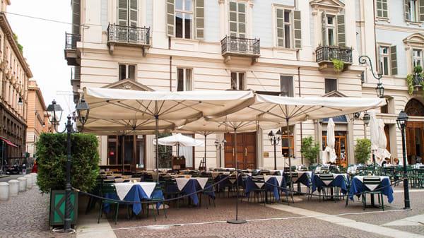 Dehor - La Fila, Turin
