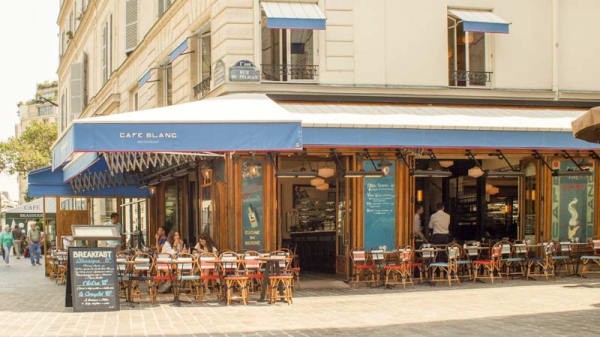 Façade - Le Café Blanc, Paris