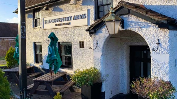 Entrance - RISARO @ The Coventry Arms, Wimborne