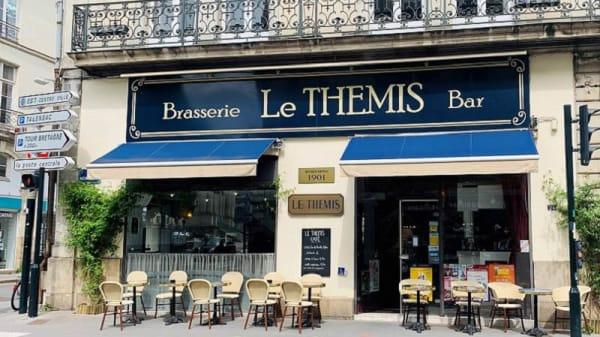 Entrée - Le Themis, Nantes