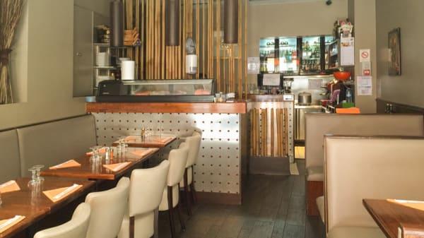 Salle du restaurant - Sushi Mogador, Paris