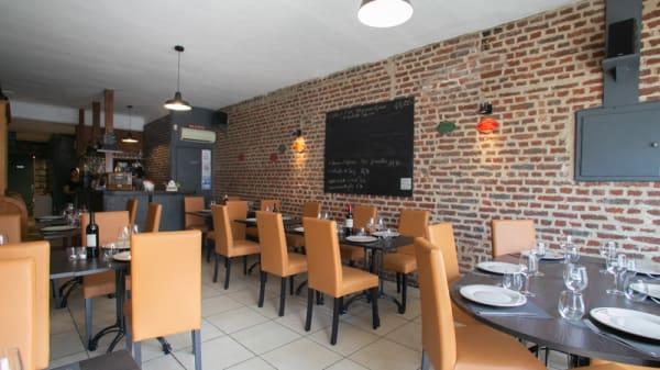Salle du restaurant - La Table de Léontine, Quiévrechain