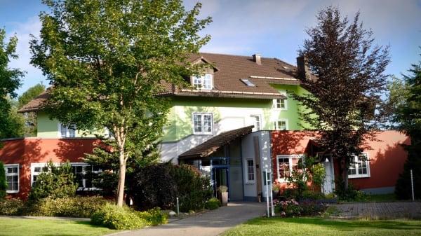 Herrnberger Hof, Neuhaus am Rennweg