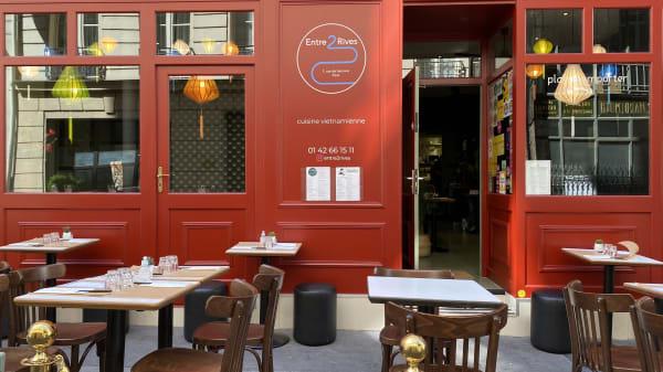 Entre 2 Rives, Paris