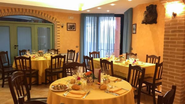 Vista sala - Ristorante Pizzeria Tesoro, Caldarola