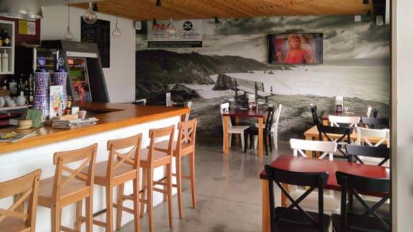 Sala - O Artilleiro Cafe, Santiago de Compostela