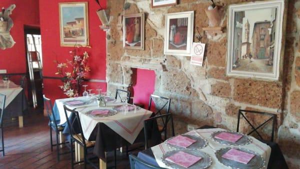 Interno - La Taverna Delle Forre, Corchiano