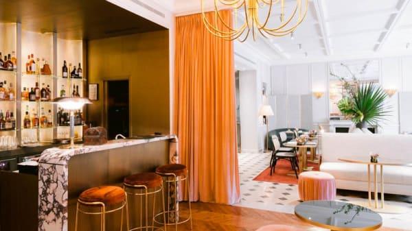 Vue de la salle - Café 52 - Paris 8, Paris