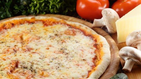 Pizza - Manitoba, Rome