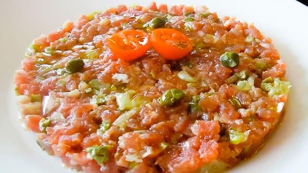Tartar de atún - Tutiplén Gastrobar, Madrid