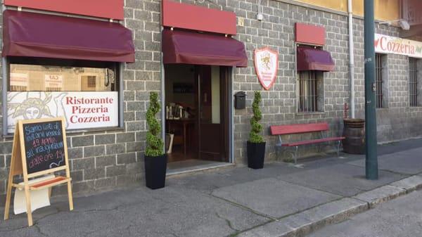 Esterno - Tivitti, Turin