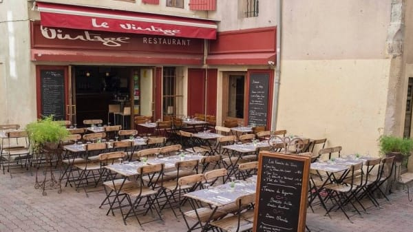 Le Vintage, Nîmes