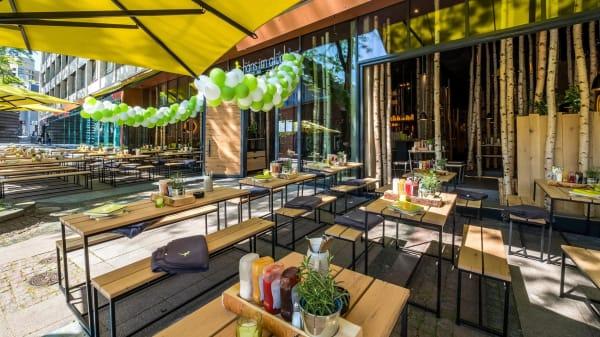 HANS IM GLÜCK Burgergrill & Bar - Essen KENNEDYPLATZ, Essen