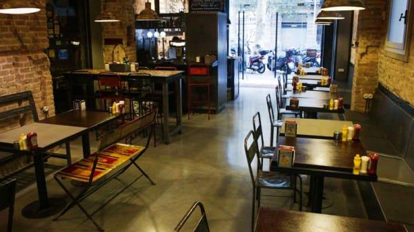 T-Burger Station 1 - T-Burger Station, Barcelona