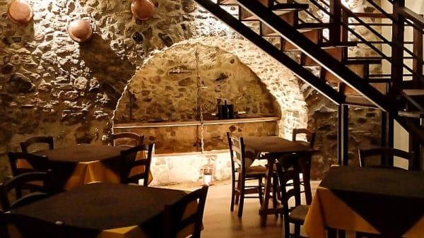 Vista sala - Osteria Brancaccio, Sorbo Serpico