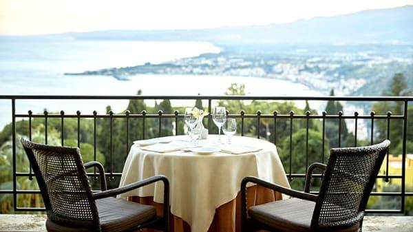Vista della terrazza - Ristorante Timeo, Taormina