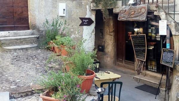 Esterno - La Piazzetta, Calcata Vecchia