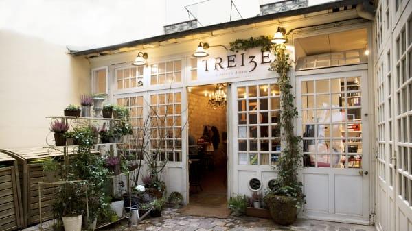 Devanture - 13-a Baker's Dozen, Paris