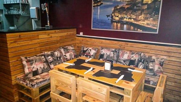 Sala do restaurante - R2, Espinho