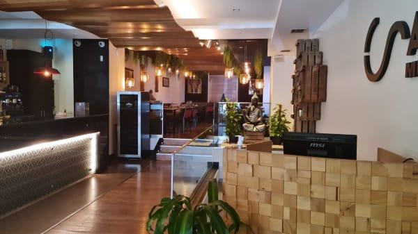 Café Saigon, Madrid