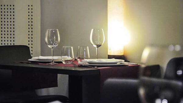 Detalle mesa - Berri Iparragirre, Bilbao