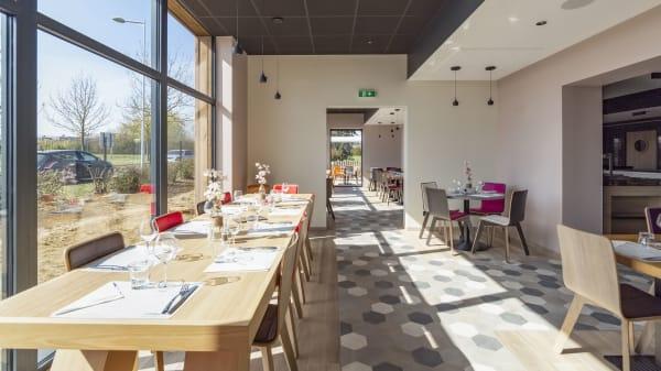 Salle de restaurant - Campanile Chartres, Chartres