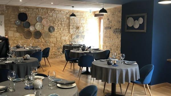salle - Fourchettes et Couteaux, Lalbenque