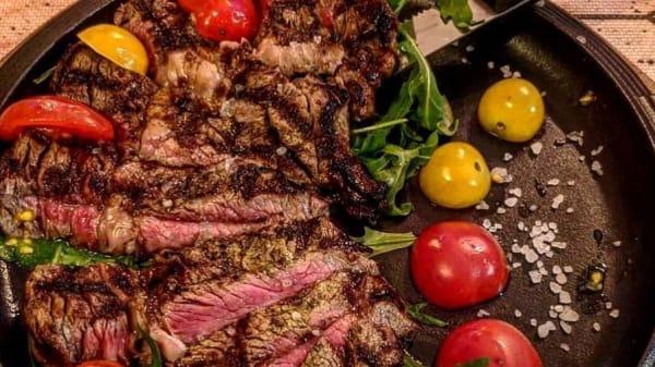 Lo Chef Consiglia - King's road pub & grill, Caserta
