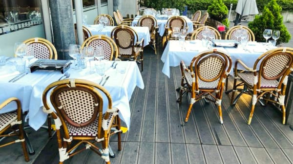 Terrasse - Café Laner - Chez Carla & Nuno, Onex