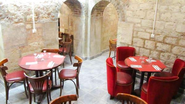Vue salle - La Taverne de l'Olympia, Paris