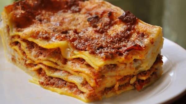Pizza Express Di Ciampa Giuseppe, Piano Di Sorrento