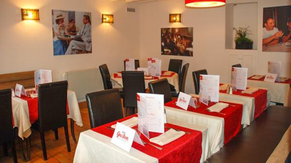 salle - Chez Gaston, Chaufour-lès-Bonnières