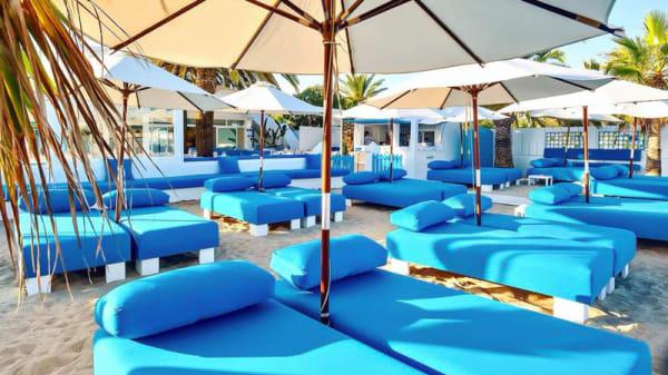 Terraza - Turquoise by Cathy Guetta, Sant Josep De Sa Talaia