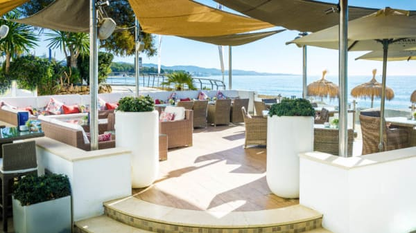 Terraza - Besaya Beach, Marbella