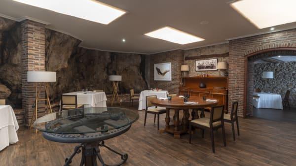 Vista Sala - El Retiro de Ricardo Sotres, Pancar