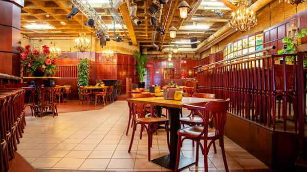 Het restaurant - Columbus, The Hague