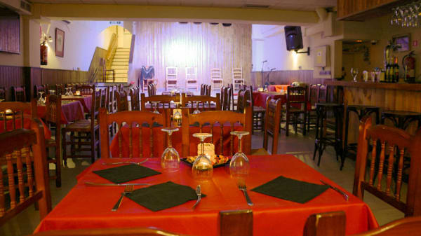 Vista del interior - Taberna Flamenca El Cortijo, Madrid