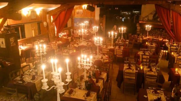 Salle du restaurant - La Table des Baumelles, Saintes-Maries-de-la-Mer
