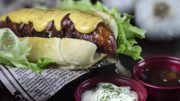 Sugerencia de plato - Hot Dogs Likes 1994 Cafe-Bar, Parla