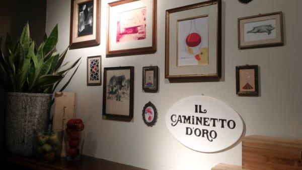 sala - Caminetto d'Oro, Bologna