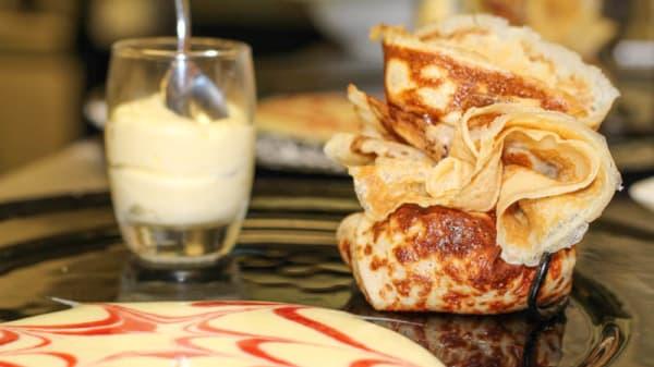 Aumônière de crèpe aux pommes - Bistrot Gourmand Restaurant, Bagnoles-de-l'Orne