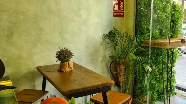 Aura Cafe, Madrid
