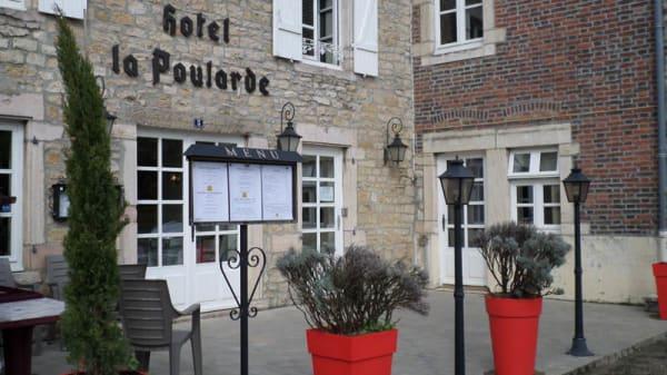 Façade - La Poularde, Louhans