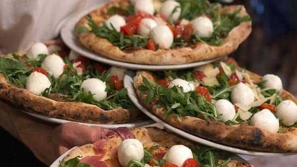 Scugnizzo Napoletano Pizzeria e Cucina, Livorno