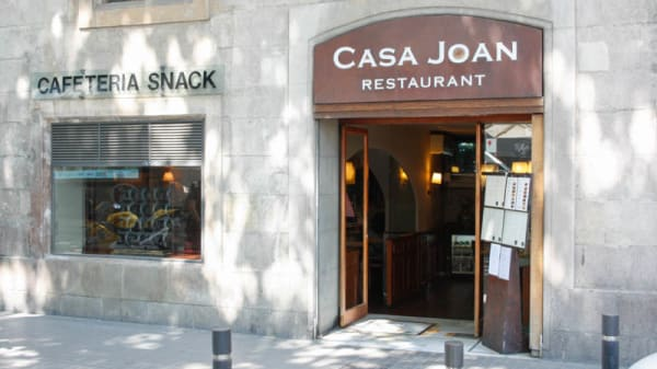 Entrada - Casa Joan, Barcelona