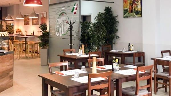 Veduta dell interno - Cucina Amica, Reggio Emilia
