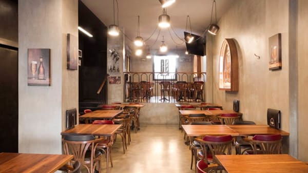 Vista sala - Shatar Pub, Milano
