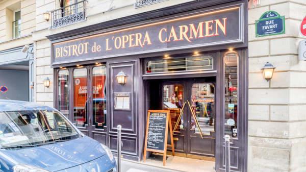 Façade - Bistrot de l'Opéra Carmen, Paris